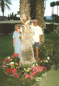 Diannek and Dale and a palm tree